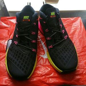 Ejercer Judías verdes promoción  Nike Shoes | Multicolor Nike Train Quick Training Shoes | Poshmark